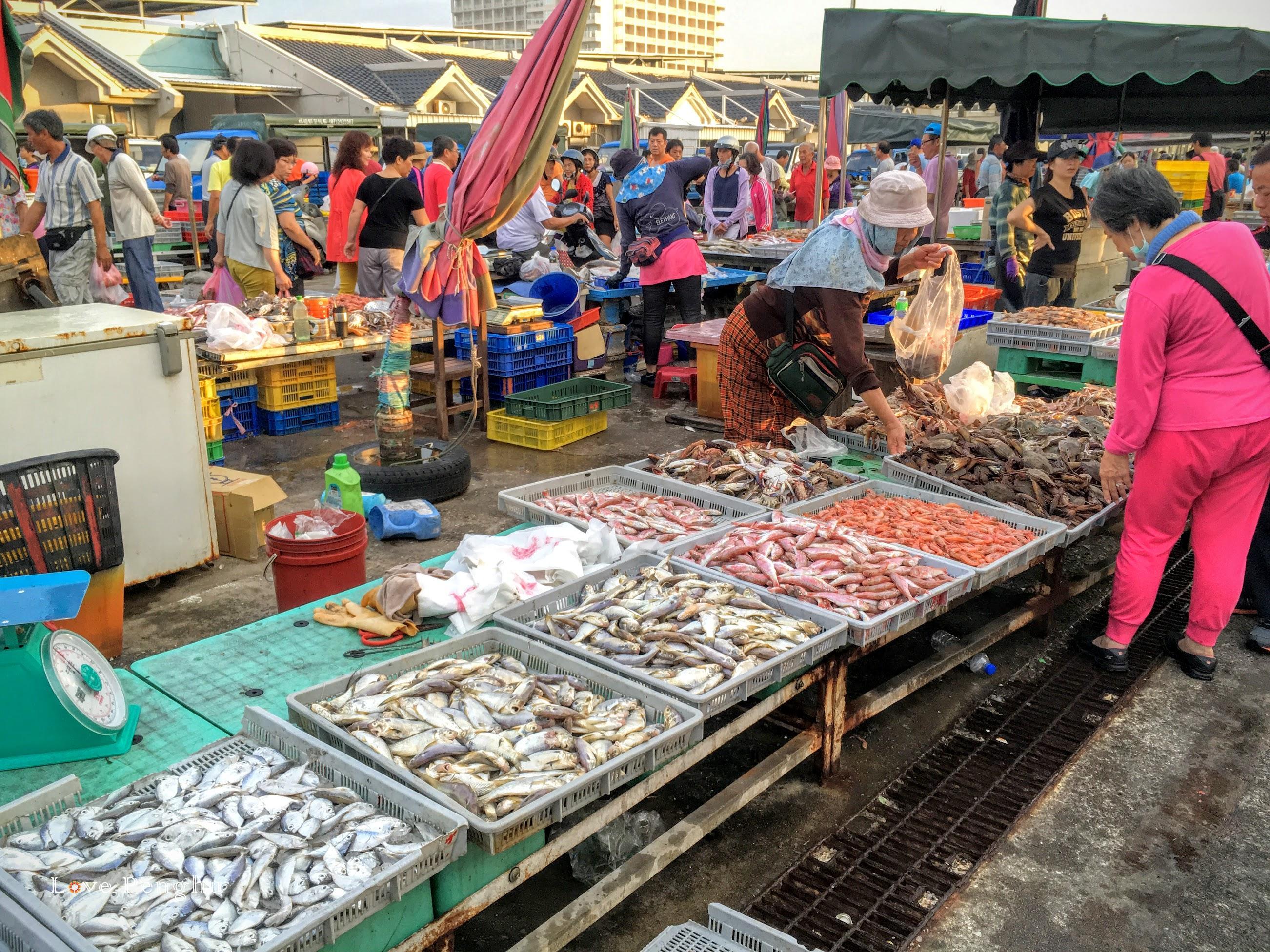澎湖の馬公魚市場